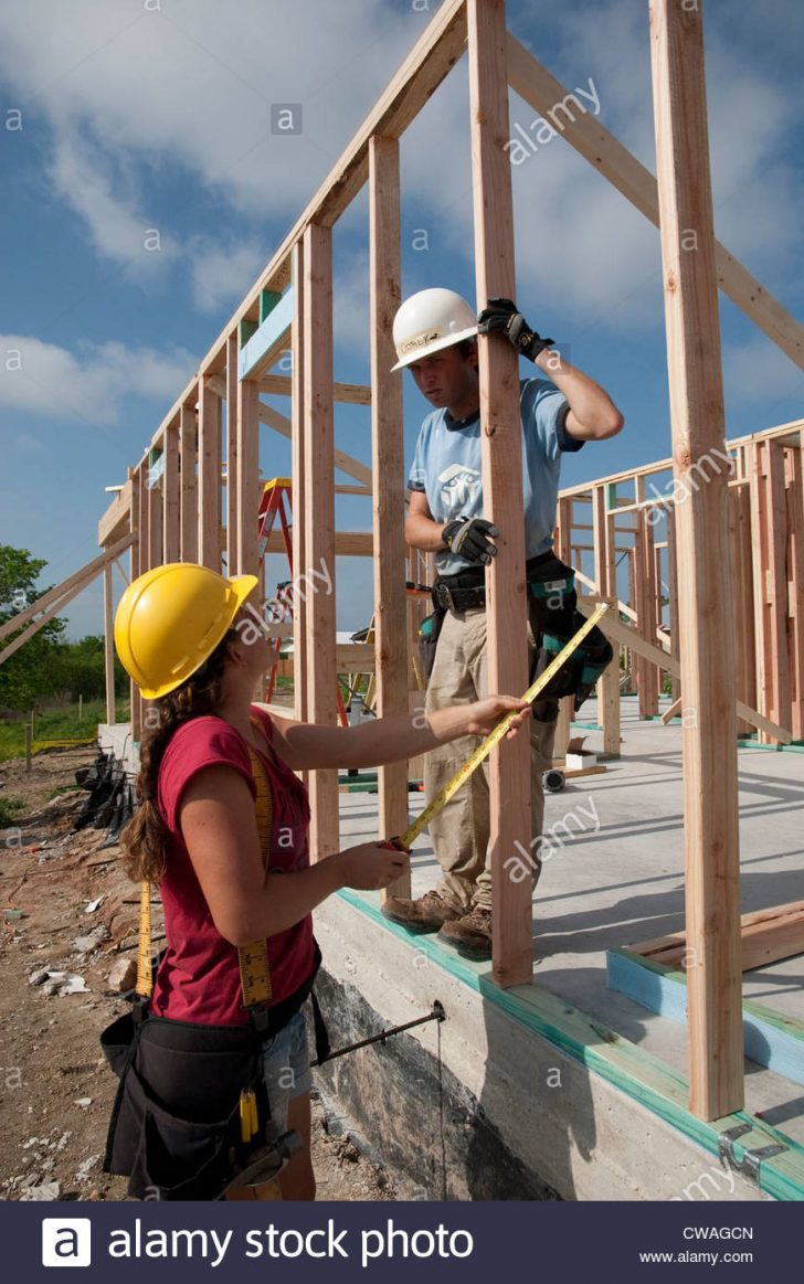 Building An Affordable House 2021