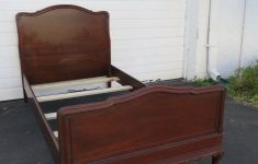 Antique Chippendale Bedroom Furniture Luxury Carved Mahogany Chippendale Ball And Claw Feet Twin Size Bed