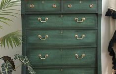 How To Antique Furniture With Chalk Paint Fresh Layering Chalk Paint Salvaged Inspirations