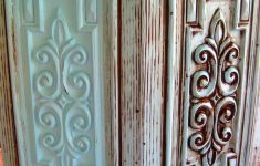 How To Antique Furniture With Glaze Beautiful Diy Glazing And Antiquing Furniture Tutorial