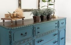 How To Antique Furniture With Glaze Unique Furniture Glaze It S All In The Details Salvaged