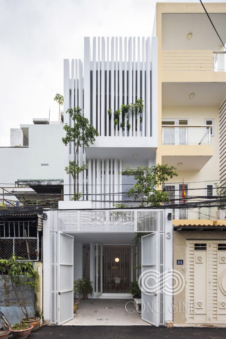 Modern Home Designs for Narrow Lots 2021