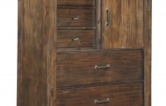 Top Drawer Orlando Lovely Ashley Lakeleigh B718 46 Five Drawer Chest In Brown