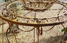 Antique Iron Outdoor Furniture Awesome Elegant Antique Patterned Iron Garden Furniture Set High Table