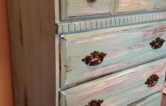 Antiquing Furniture With Paint Best Of Distressing Old Furniture With Paint Diy Tutorial