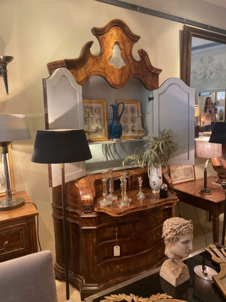 Donate Antique Furniture to Charity 2020