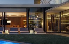Modern Glass House Plans Pool Elegant Architecture Beast Concrete And Glass House Modern City