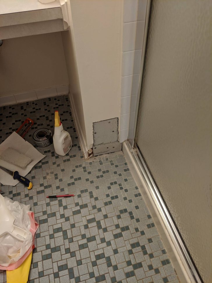 Remove Wall Tile without Damaging Drywall 2021