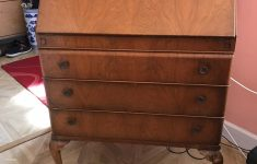 Who Will Buy Antique Furniture Lovely Old Antique Bureau In Good Condition In Newell Green Für 65