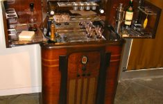 Art Deco Antique Furniture New 1930s American Art Deco Radio Bar • Radio And Bar In One