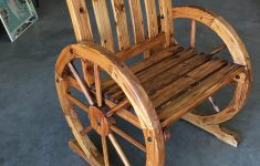 Antique Wagon Wheel Furniture Best Of Western Folk Art Wagon Wheel Table And Chairs Set 1960