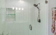 Large Walk In Shower Designs Inspirational A Large Walk In Shower With Tile From Floor To Ceiling And A