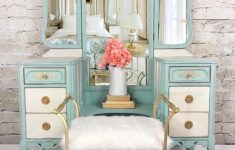 Looking For Antique Furniture New Cottage Furniture Vintage Looking Chairs