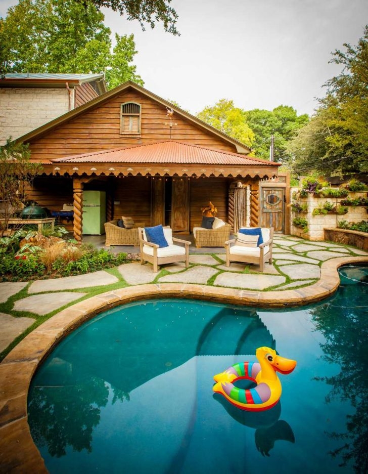 Really Cool Houses with Pools 2021