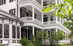 The Most Beautiful Homes Lovely Southern Style Beautiful Homes In Charleston South