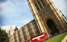 Famous Houses Of The World Best Of Typical Iconic Red London Double Decker Bus Passes The World