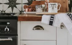 How To Paint Cabinet Doors New How To Paint Kitchen Cupboards