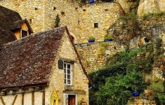 Ten Most Beautiful Houses In The World Awesome Top 10 Most Astonishing Rustic Houses In The World