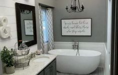 Bathroom Decor Ideas On A Budget Awesome 29 Best Farmhouse Bathroom Decor Ideas On A Bud 5 – Home