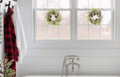 How To Decorate A Bathroom Window Inspirational 4 Window Decorating Ideas To Get You In The Holiday Spirit