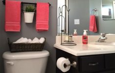 Ideas To Decorate A Bathroom Unique 25 Best Bathroom Decor Ideas And Designs That Are Trendy In 2020