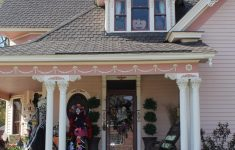 The Most Amazing Houses Beautiful An Amazing Victorian House On Halloween — Ellie & Elizabeth