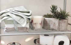 Cute Bathroom Decorations Luxury Chic Ways To Give Your Bathroom A Makeover