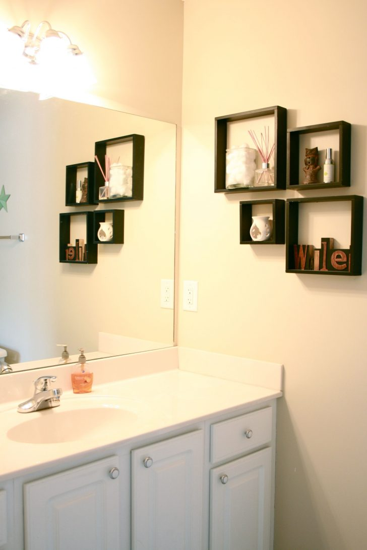 Decorative Bathroom Shelf 2021