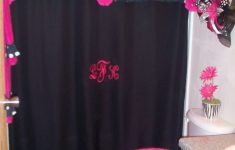 Hot Pink Bathroom Decor Awesome A Little Too Much For Me But Would Tie In Perfectly For The