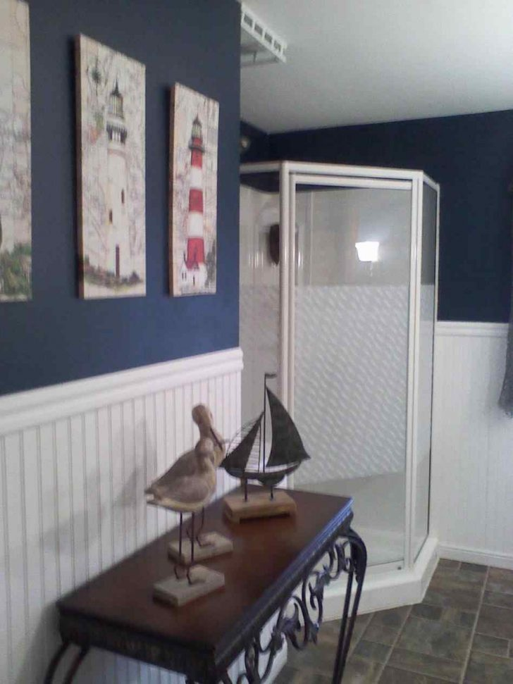 Nautical themed Bathroom Decor 2021