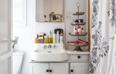 Ways to Decorate Bathroom Awesome 50 Best Small Bathroom Decorating Ideas Tiny Bathroom
