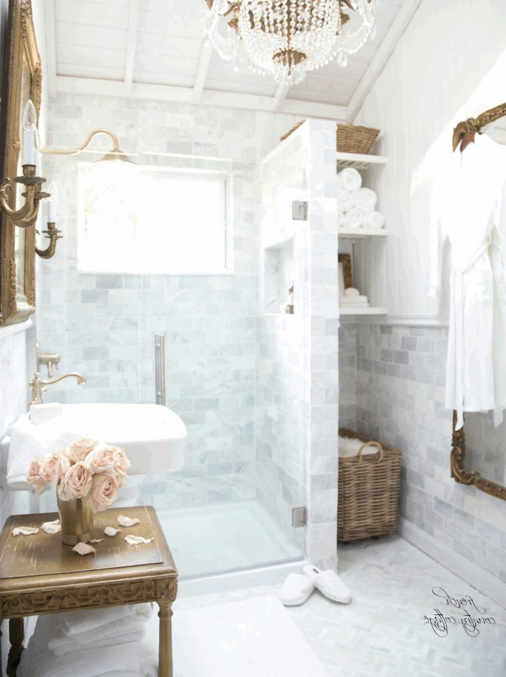 Country French Bathroom Decor 2021