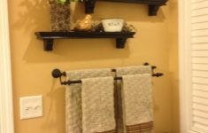 Ideas For Decorating Bathroom Walls Inspirational Cute Could Do That Above The Towel Rack In My Upstairs