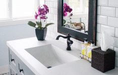 Ideas To Decorate Bathrooms Awesome 25 Best Bathroom Decor Ideas And Designs That Are Trendy In 2020