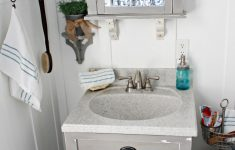 Ideas To Decorate Bathrooms New Small Bathroom Ideas With Vintage Decor