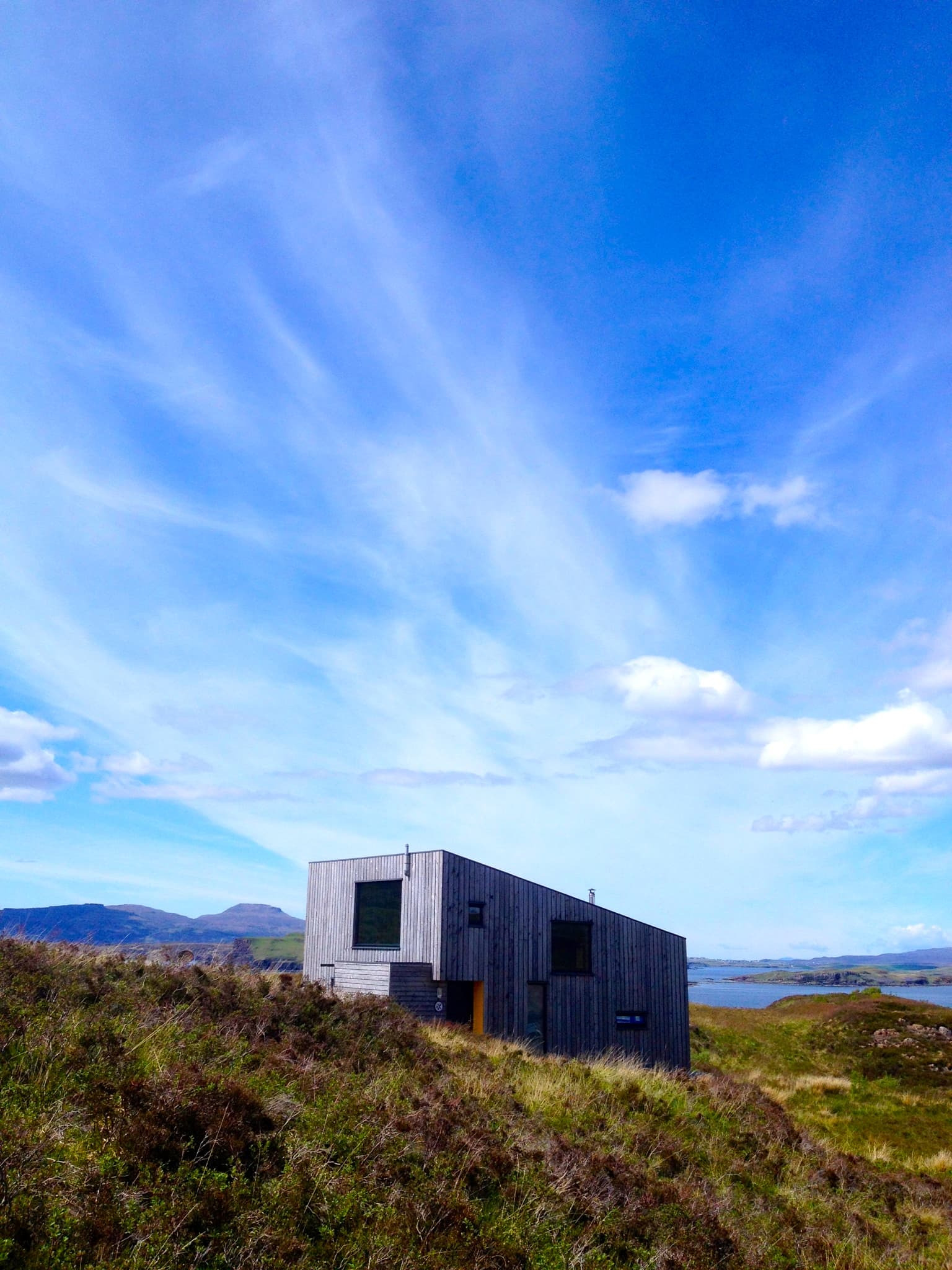 Build Your Own Home Under 100k Beautiful Invisible Studio Architects