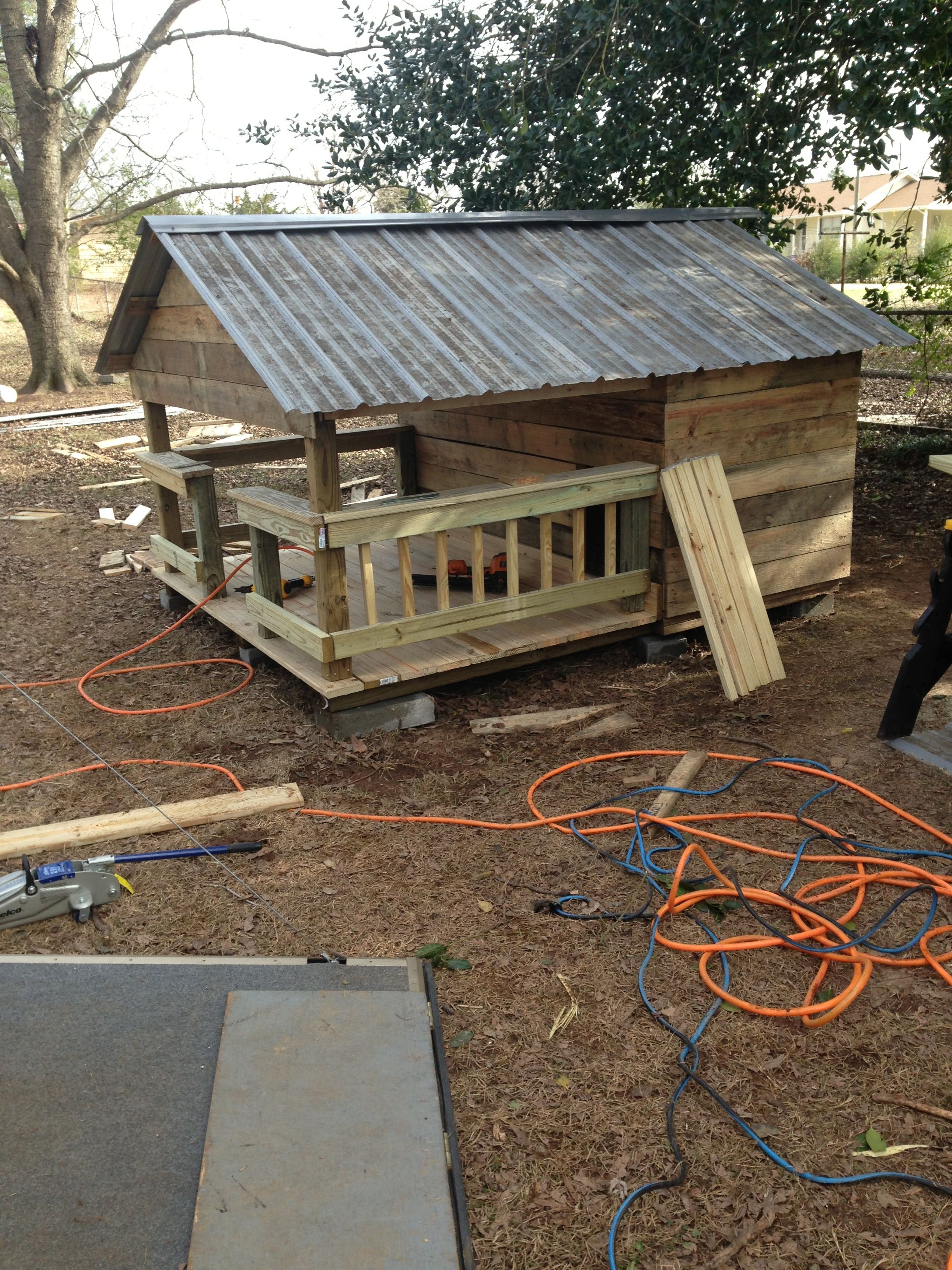 Large Dog House Plans Best Of Huge Dog House W Metal Roof Made Of Pallets and Crates