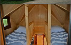 Tiny Houses On Wheels Plans Luxury Amazing Tiny House On Wheels With Built In Hot Tub