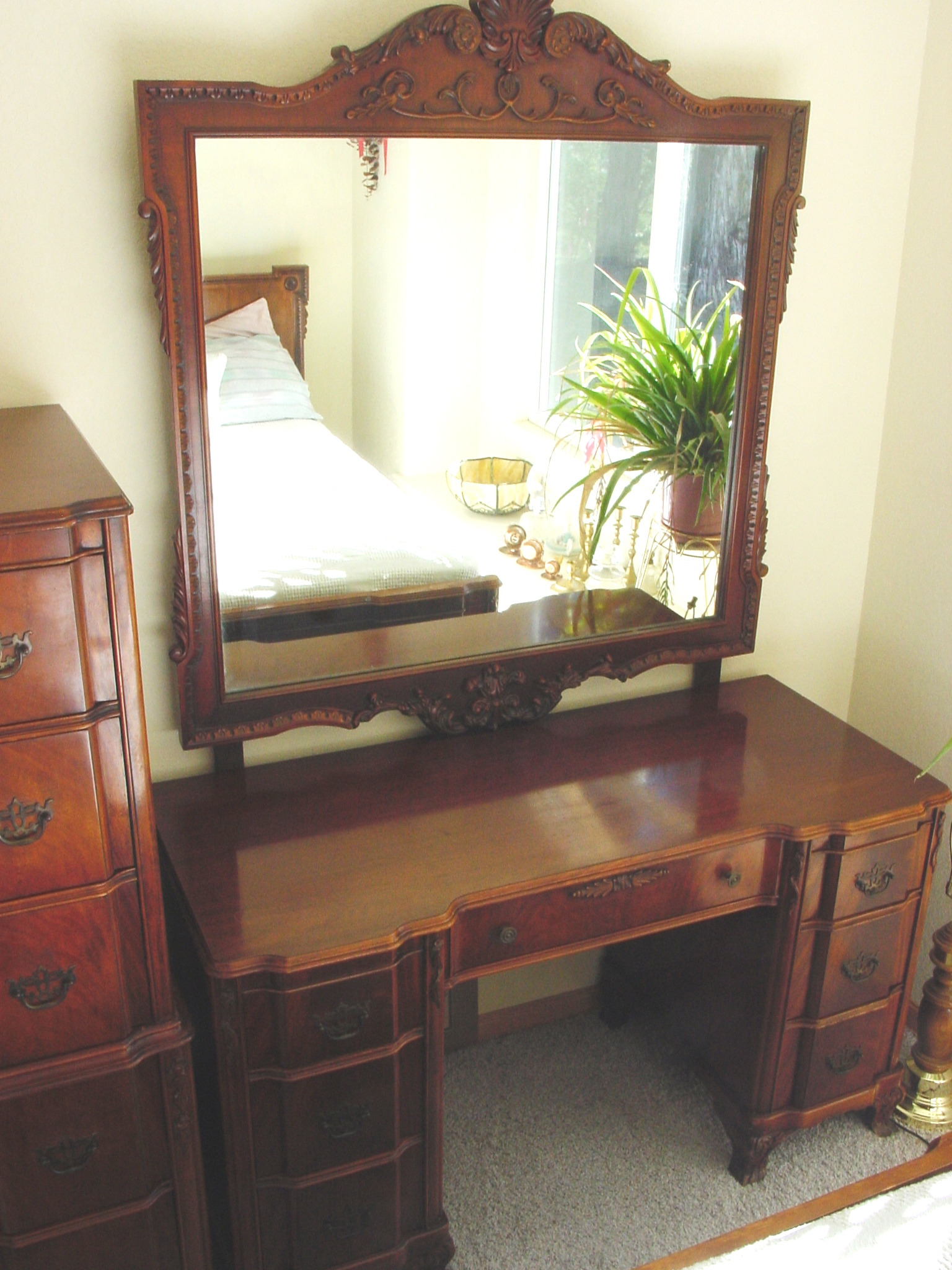 Antique Chippendale Bedroom Furniture Luxury Chippendale Revival Circa 1940 5 Pc Bedroom Set for Sale