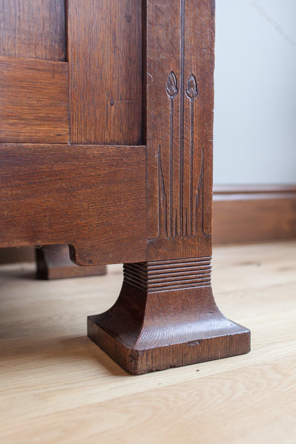 Antique Mission Style Furniture Beautiful An Oak Arts & Craft Sideboard Antiques atlas I Love the
