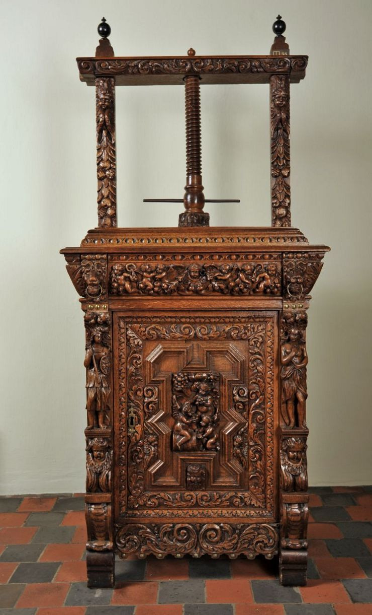 Caring for Antique Wood Furniture Elegant E Of the Most Important Duties Of the Lady Of the House