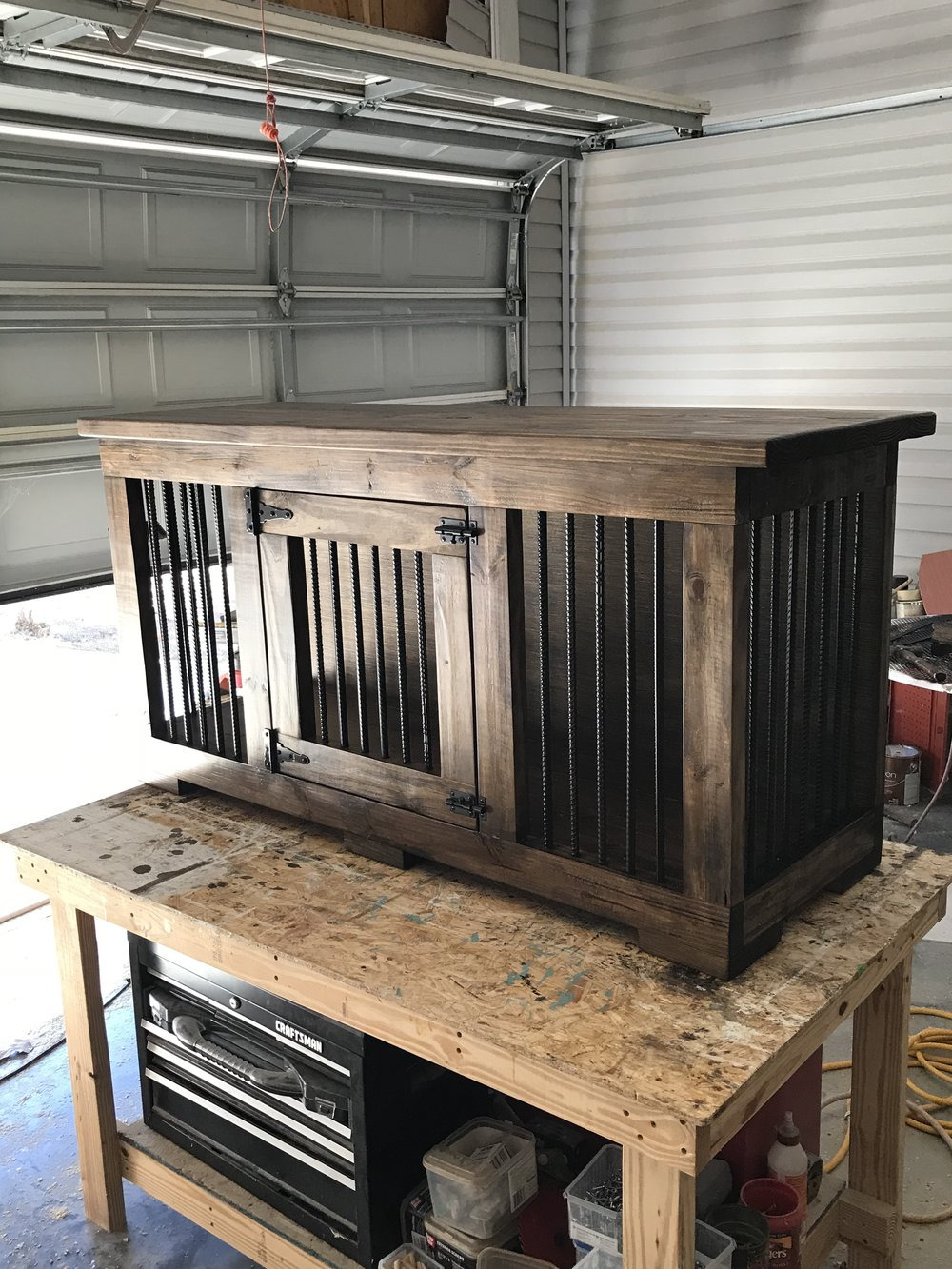 how to build a dog kennel JPG