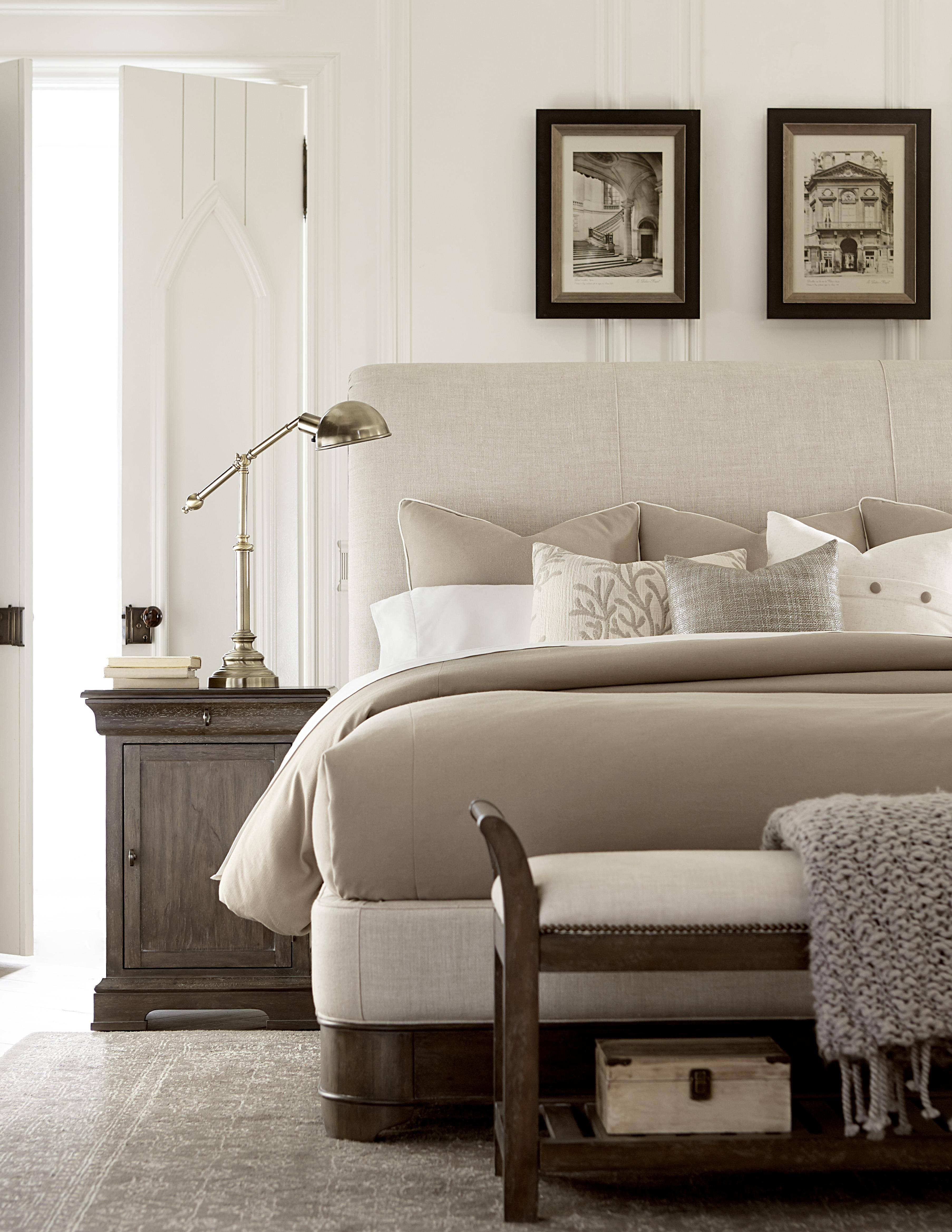 Fabric Sleigh Bed Luxury Traditional Gray Fabric Queen Sleigh Bed St Germain A R T