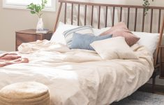 Floating Queen Bed Frame Lovely Spindle Back Solid Wood Queen Bed