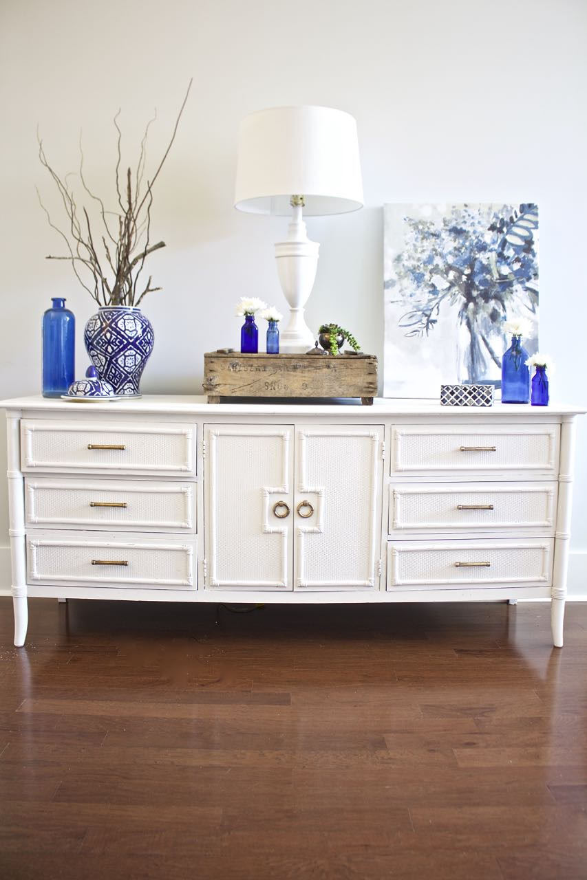 How to Antique Furniture with Chalk Paint Inspirational How to Chalk Paint Furniture Our Best Tips 2 Bees In A Pod