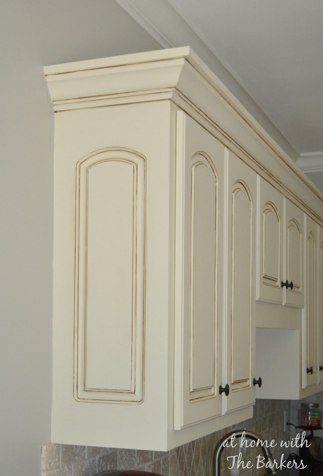 Glazed MDF upper cabinets 1100x1619