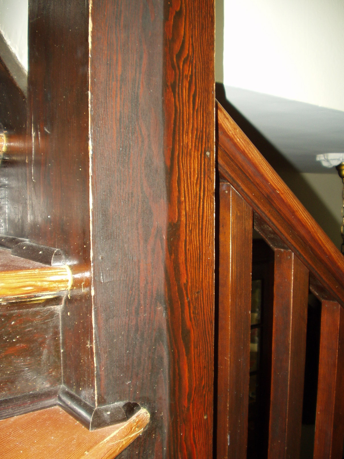 cleaning millwork 002