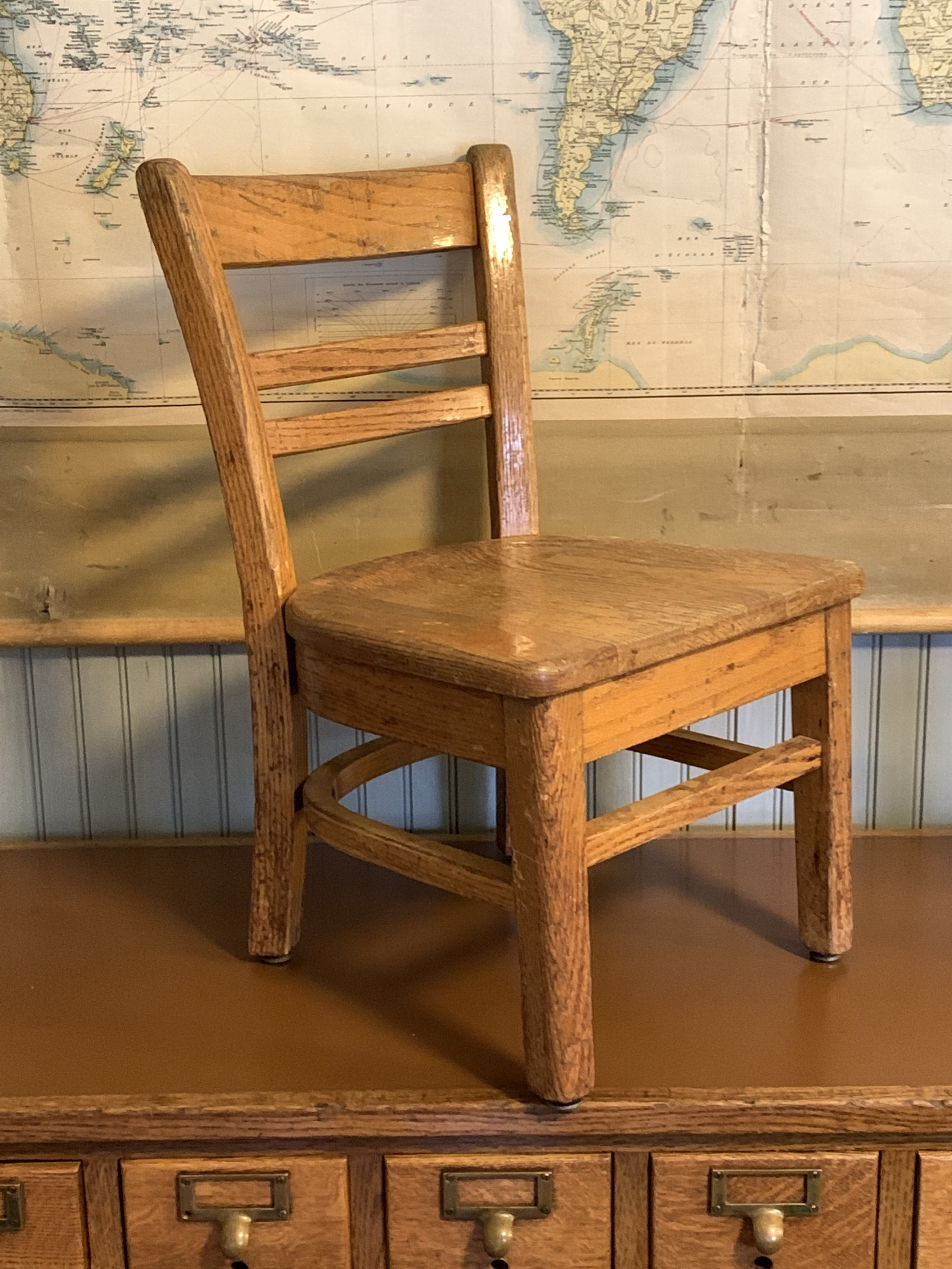 childs oak desk and chair14 2048x JPG
