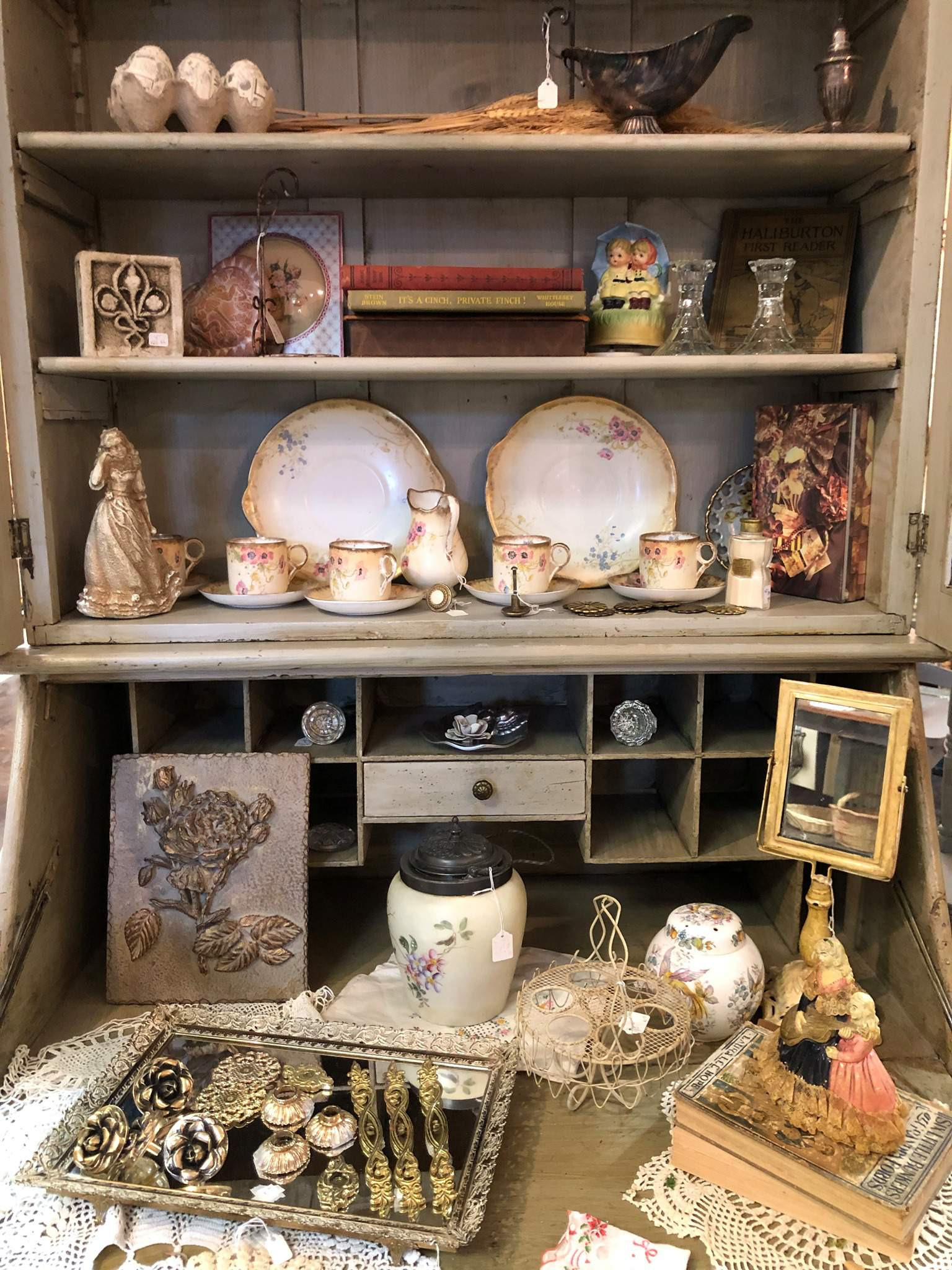 small town shopping 7 must see antique shops in downtown rosenberg
