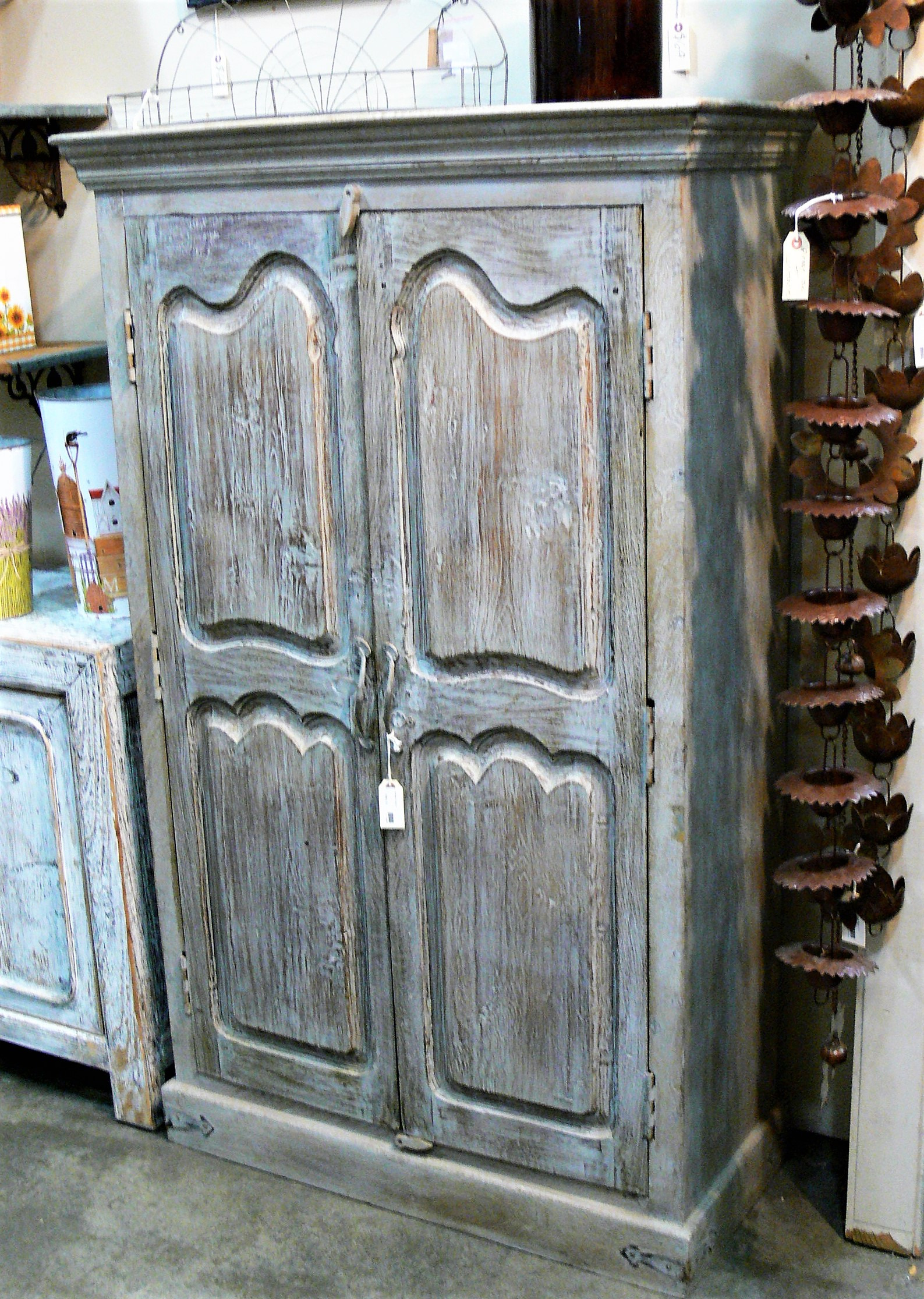 armoires tall cabinets page id=177